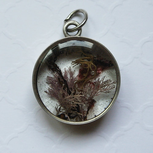 Tide Pool Pendant in Round, Deep, Silver 128