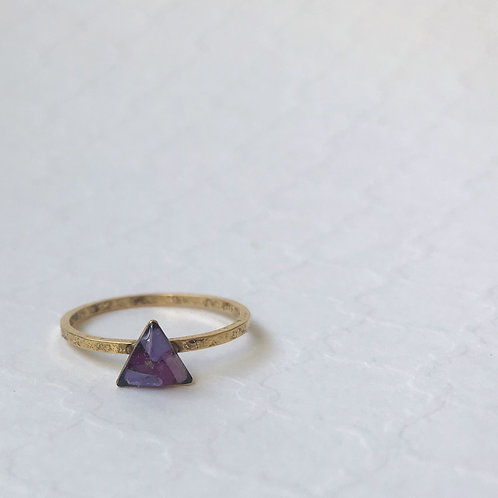 SZ 8 Purple Triangle Mindfully Mined Micro Plastic Stacking Ring in Gold