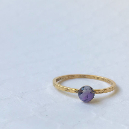 SZ 9 Purple Urchin Ocean Plastic Round Stone Ring in Gold
