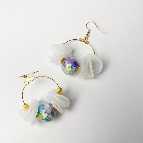 Hydrozoa Earrings in Hawaii and Gold