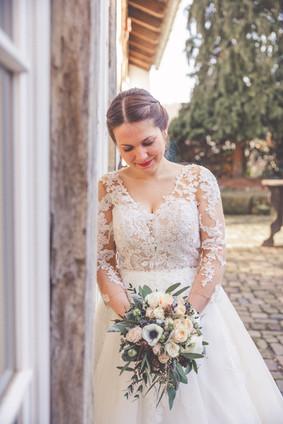 Braut | Brautkelid | Blumenstrauß