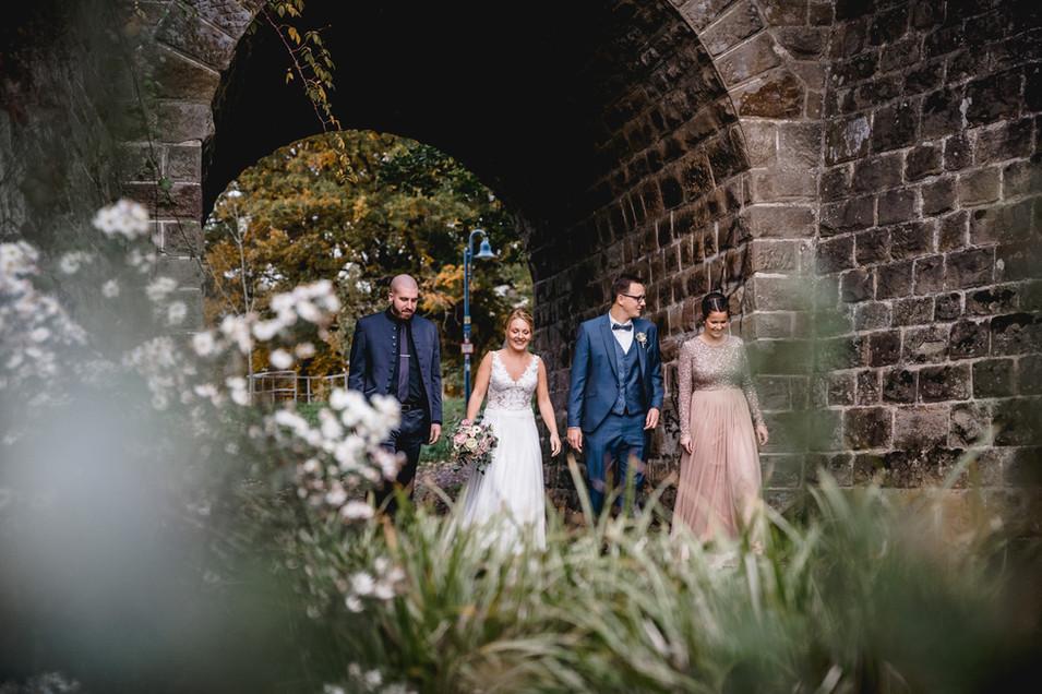 Trauzeugen-Hochzeit-Spaß-spazieren-Tunne