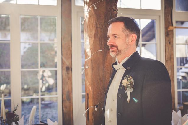 Bräutigam | Portrait | Sonnenstrahlen