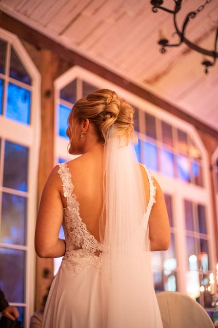 Bad-Emstal-Hochzeit-Braut-Braukleid-Vint