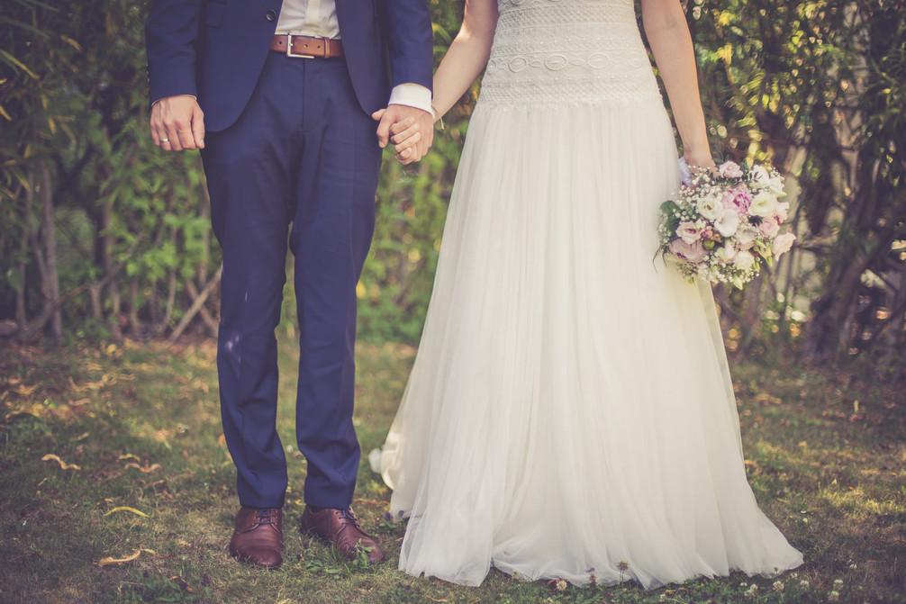 Hand | Brautpaar | Brautstrauß