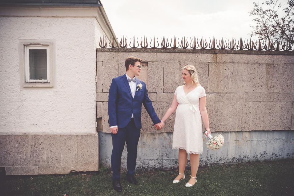 Hand in Hand | Brautpaar | Kassel