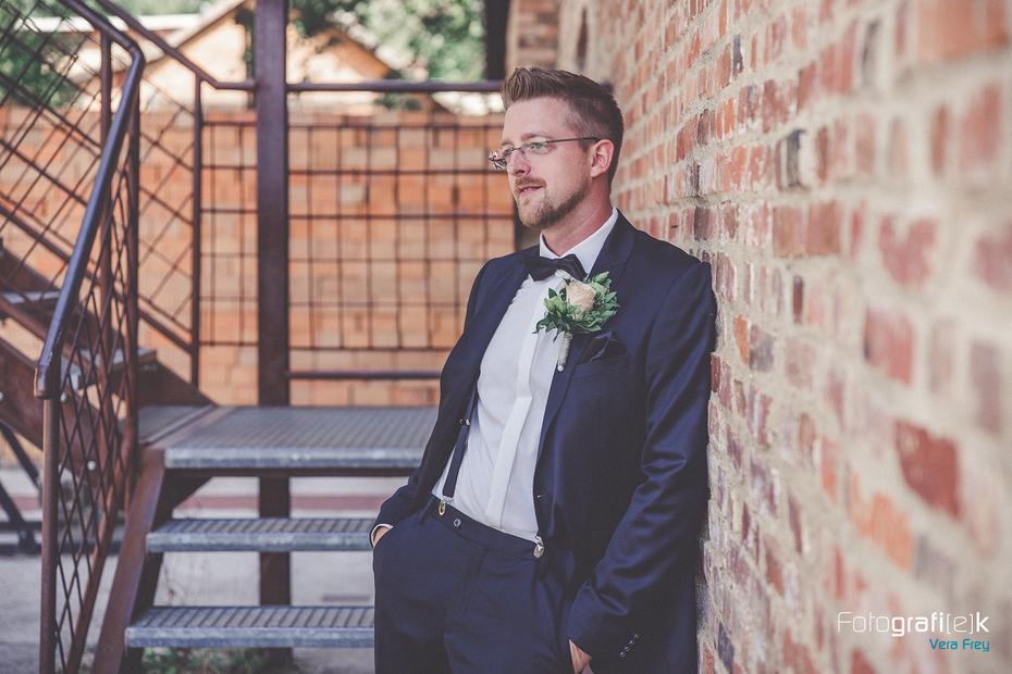 Bräutigam   Portraitaufnahme