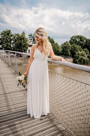 Hochzeit-Kassel-FuldaBraut--Brücke-Unte