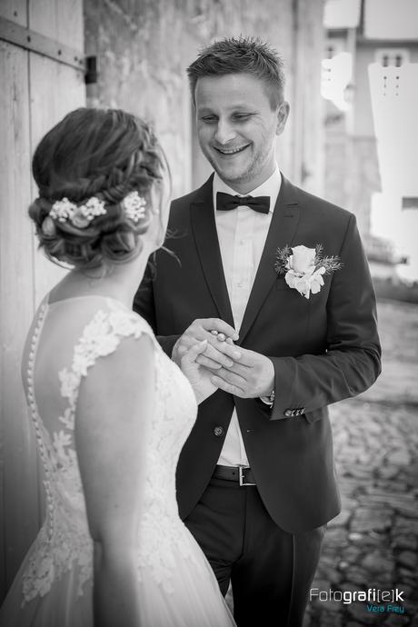 Brautpaar | Glücklich | Bräutigam