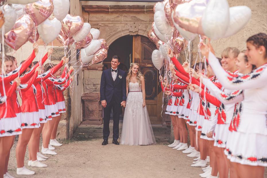 Überraschung   Hochzeit   Luftballons   Gardetänzerin