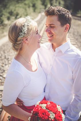 Bahnschienen | Brautpaar | Hochzeit