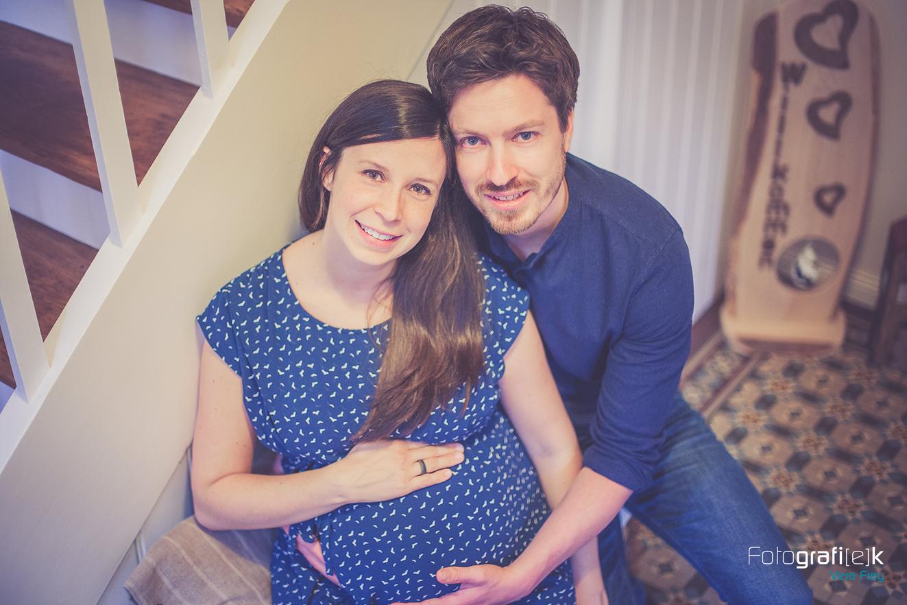 Babybauchshooting | Fachwerkhaus | Kleid