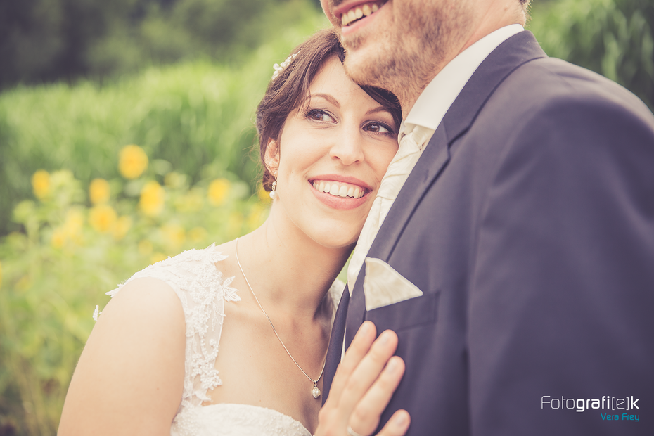 Brautpaar   Schulter   Ehering