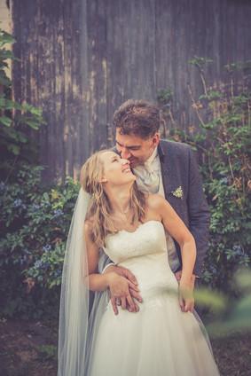 Scheune | Hochzeitsfoto | Brautpaar