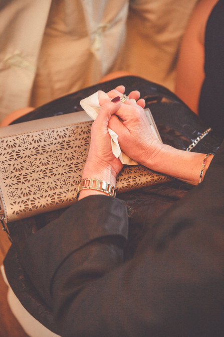 Taschentuch | Hände | freie Trauung