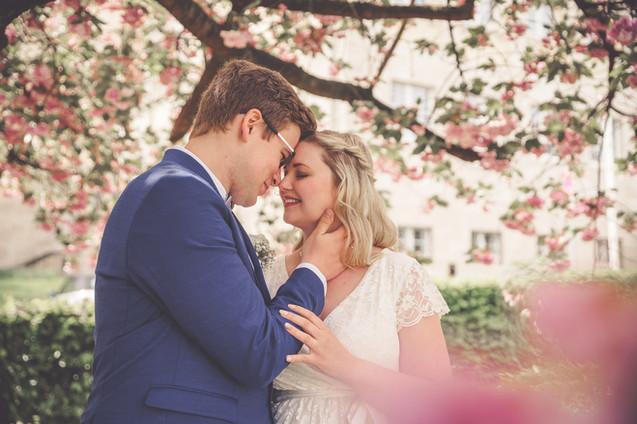 Kirschblüten-Shooting | Corona-Hochzeit