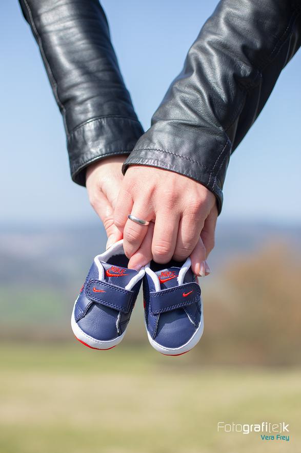 Babyschuhe | Nike | Detail | Schwangerschaft