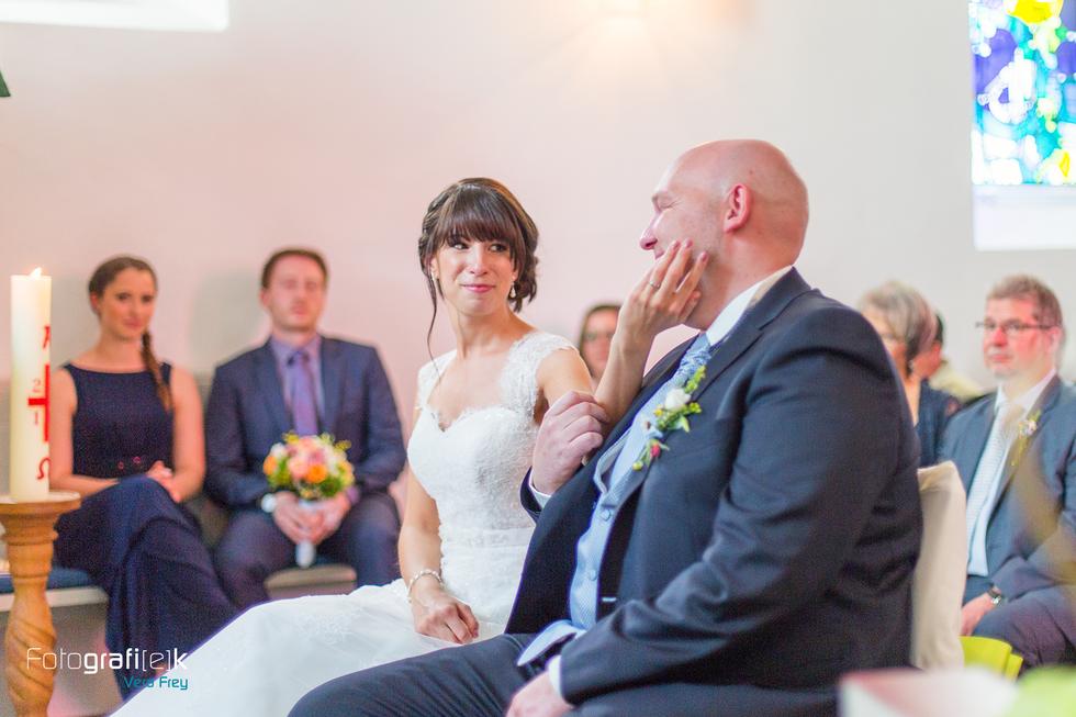 Brautpaar | Kirche | Emotionen