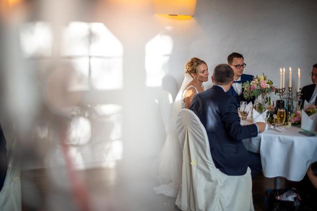 Bad-Emstal-Hochzeit-Brautpaar-Lichterspi