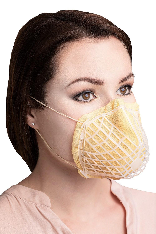 Mehrweg-Schutzmasken kann man individuell mit Stoff- oder Papiertaschentüchern belegen.