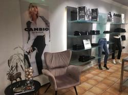 Cambio - die Black Denim Edition - ist eingetroffen