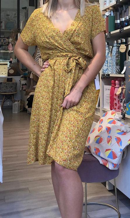 Robe cache cœur moutarde