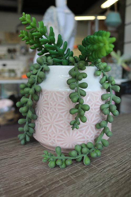 Vase relief rose
