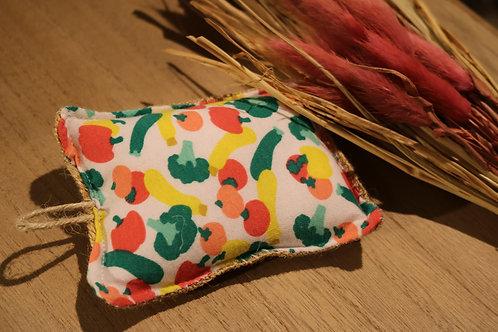 Eponge en jute rembourrée, motif fruits