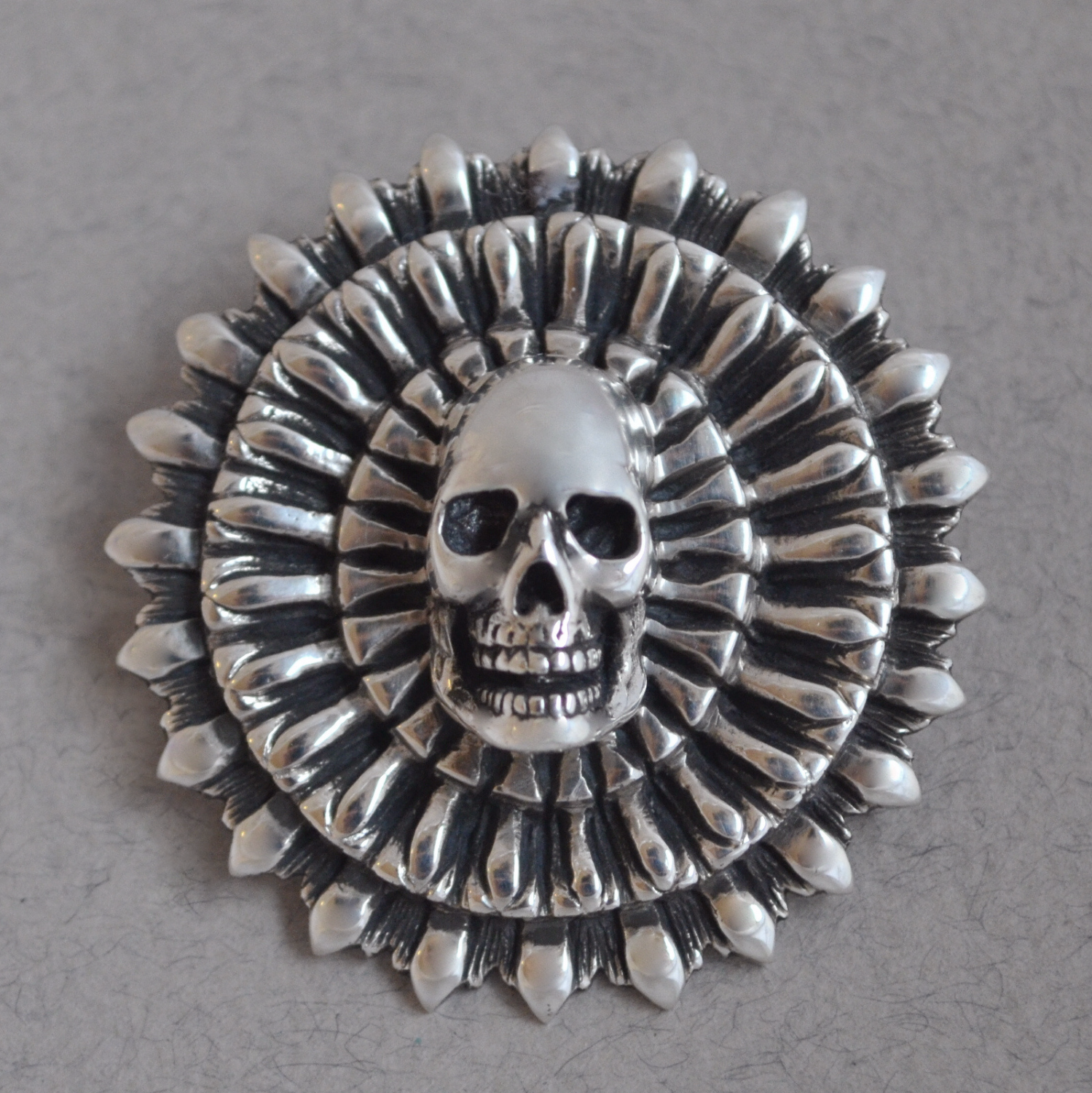 focus skull pendant the wildness jewellery