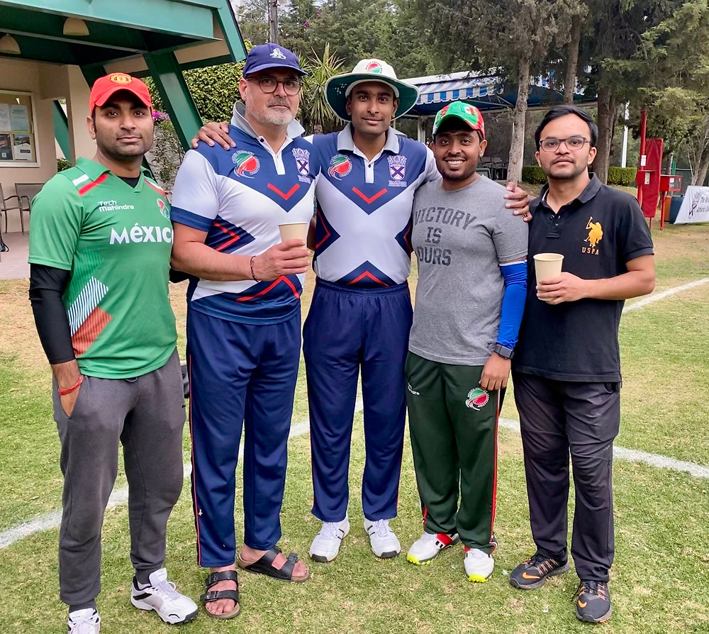 (Left to right) Umpire Gaurav Dutta, Man of the Match Jeronimo Illich (a Mexican player for Reforma), Reforma Captain Rama Krishna Inampudi, Umpire Ashwin Sathya and Aguilas Captain Sanjay Wagh