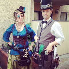 Steampunk Pirate and Journalist