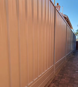 colorbond%20fencing%20with%20allywall%20
