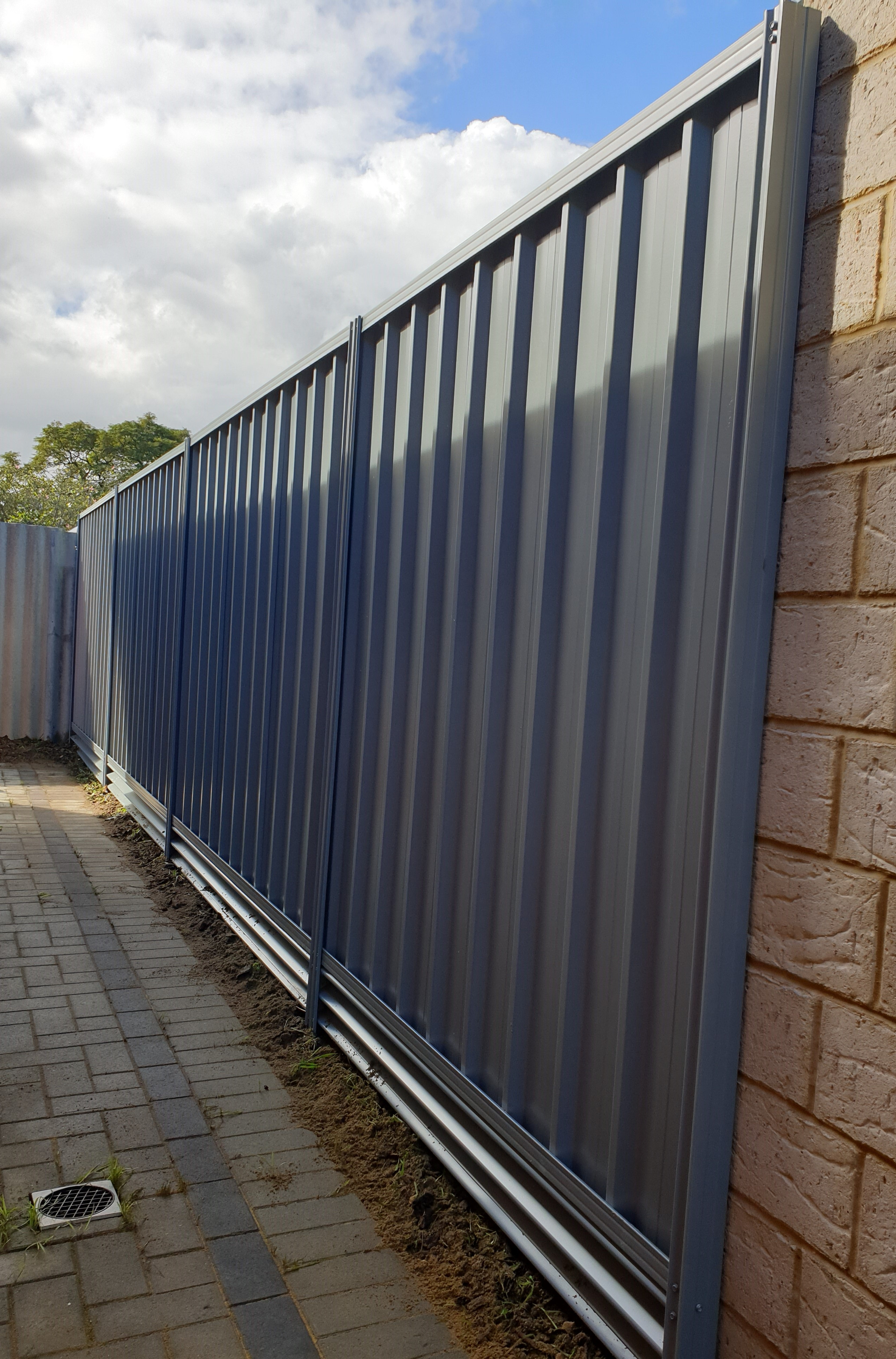 Colorbond Fencing and Retaining Plinths