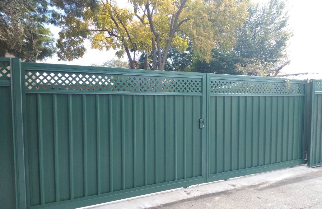Customised Gates