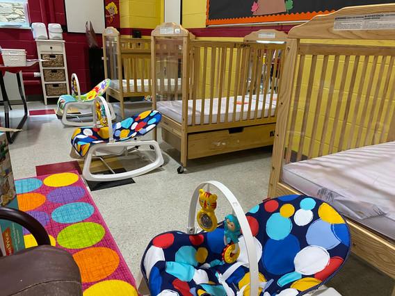 Guppies Class - Cribs