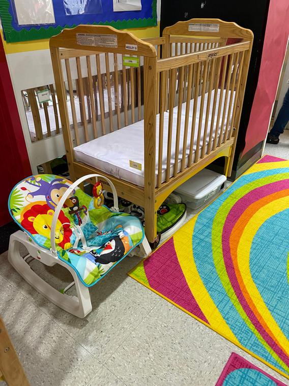 Guppies Crib