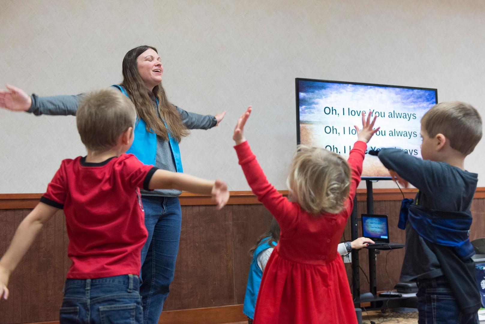 Mountain_Heights_Kids_Prayer.jpg