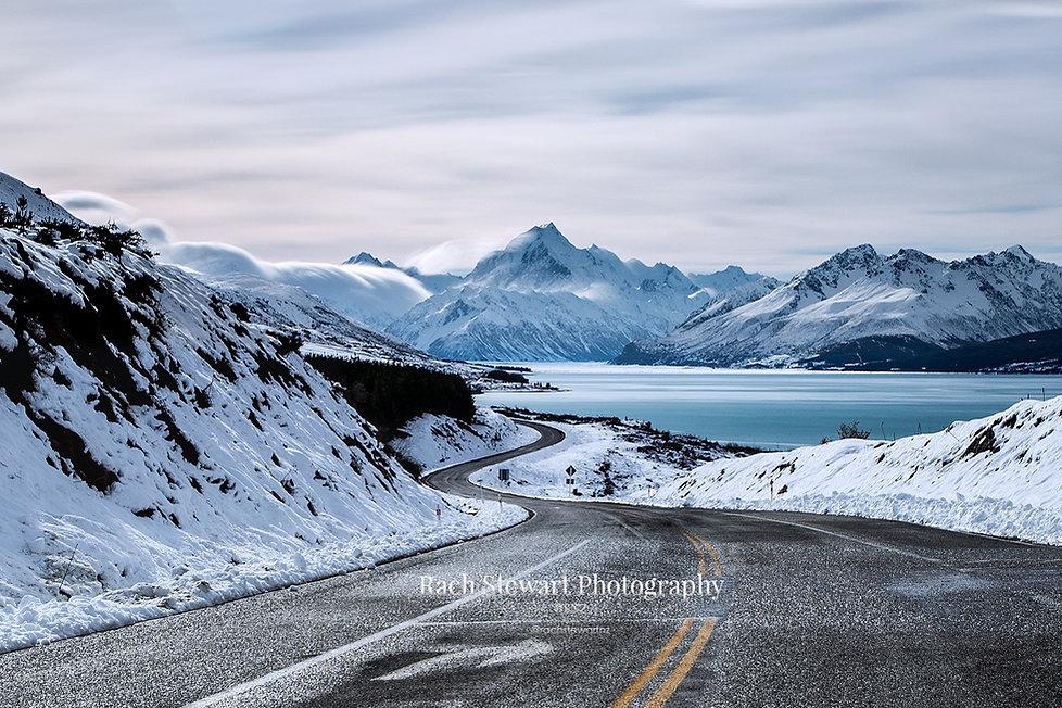 Mount Cook Road winter