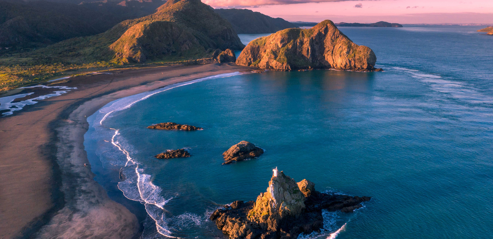 Anawhata Beach, Auckland Region