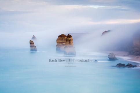 12 Apostle mist Great Ocean Road, Australia