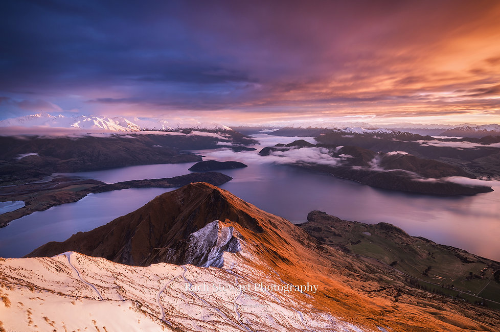 Roys Peak summit sunrise Wanaka