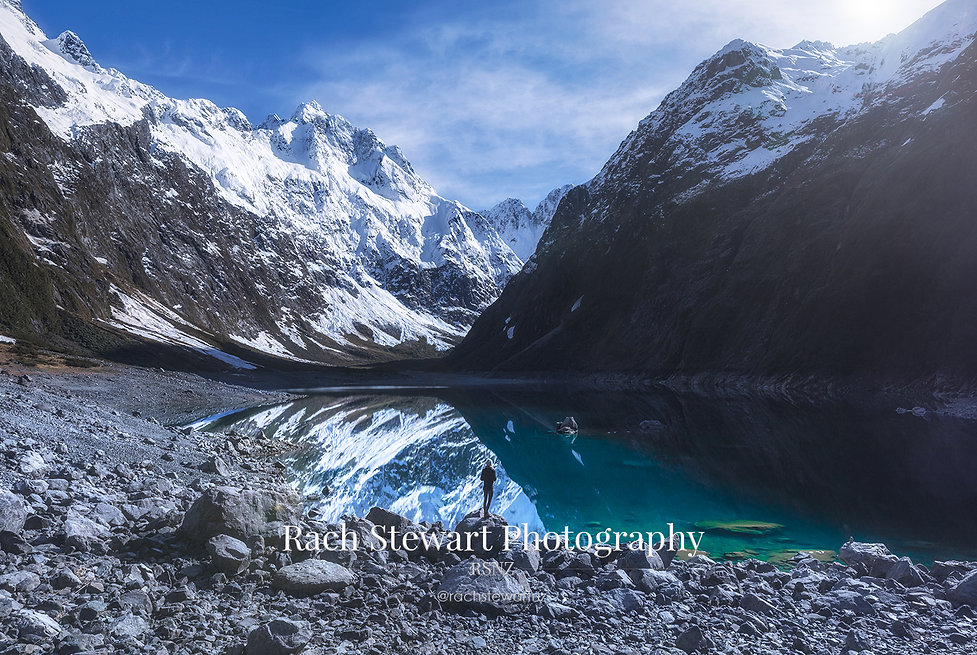 lake-marian-winter-fiordland