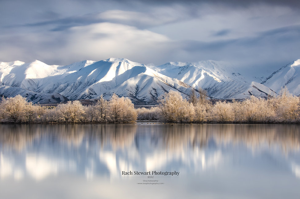 Twizel sunrise lake mountains New Zealand