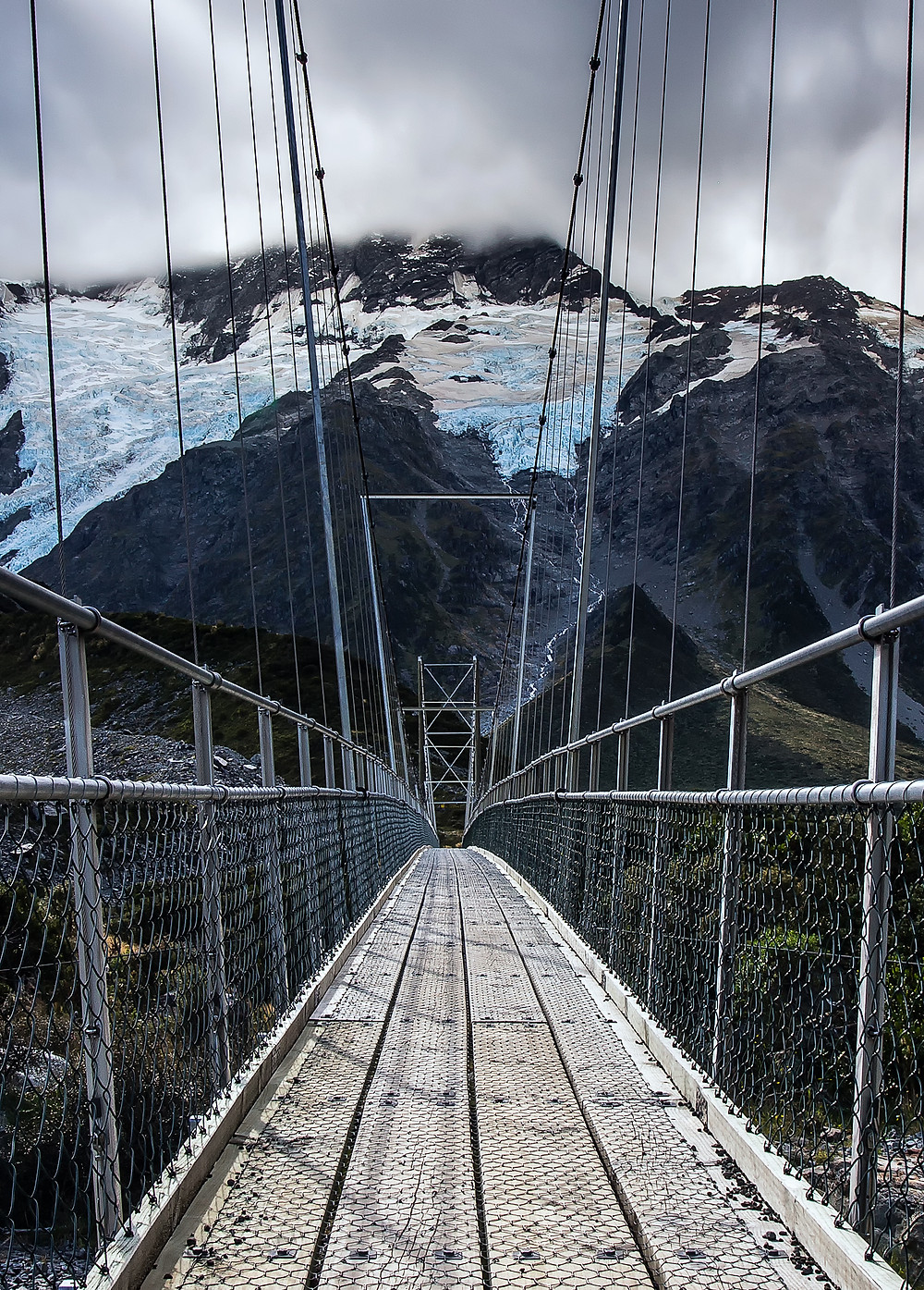 Hooker Valley swingbridge