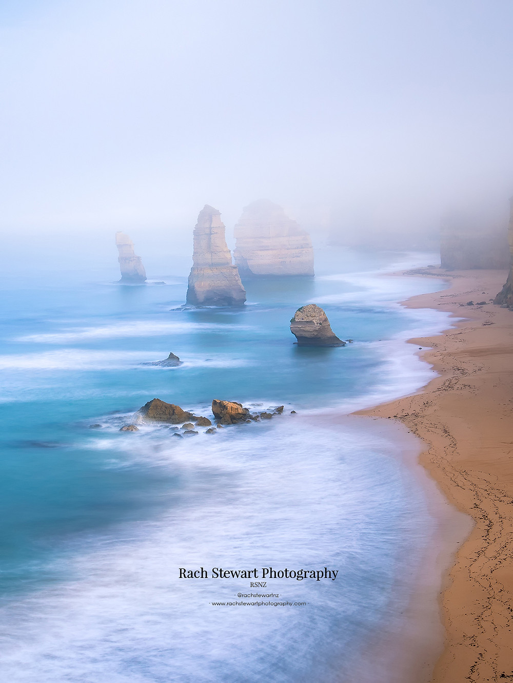 A close up view of the 12 Apostles from the lookout