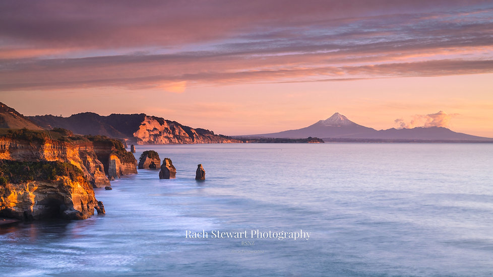 tongaporutu-three-sisters-taranaki-sunse