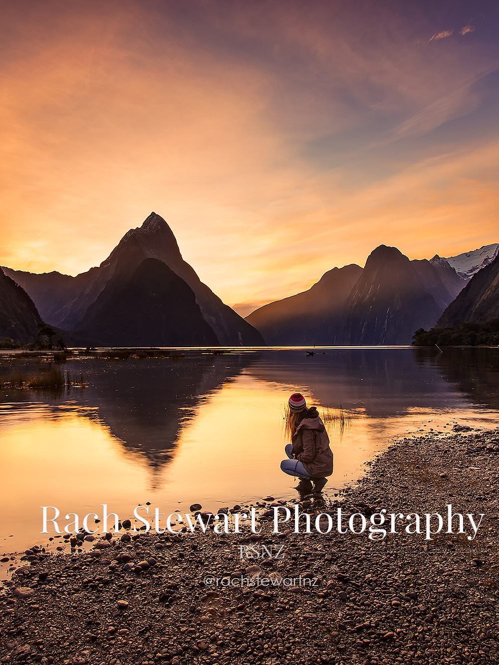 Milford Sound, Piopiotahi at sunset