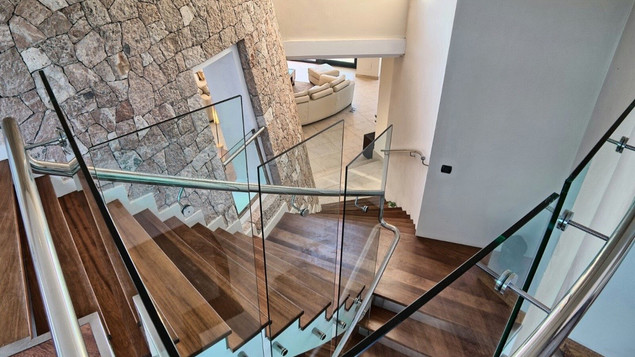 Room 2 and 3 (stairs 2on floor).jpeg