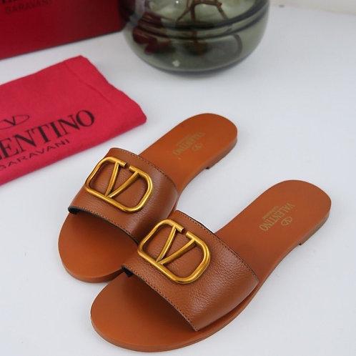 V sandals