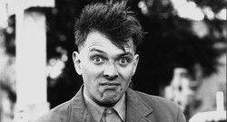 Rik-Mayall-the-young-ones